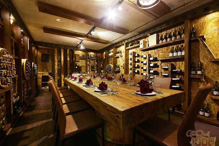 Hầm Rượu Vang Sang Trọng Đẳng Cấp Của Đại Gia Sài Thành