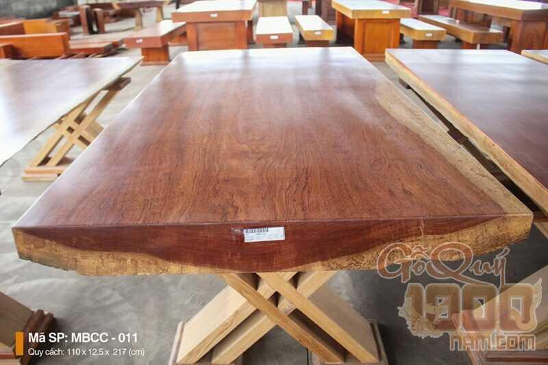 Tổng hợp những mẫu mặt bàn duy nhất và độc quyền của gỗ quý 1000 năm