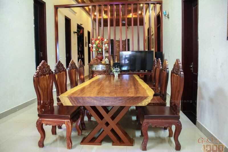 Mẫu bàn ghế phòng khách đẹp chất liệu gỗ tự nhiên