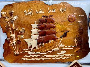 tranh thuận buồm gỗ gõ đỏ